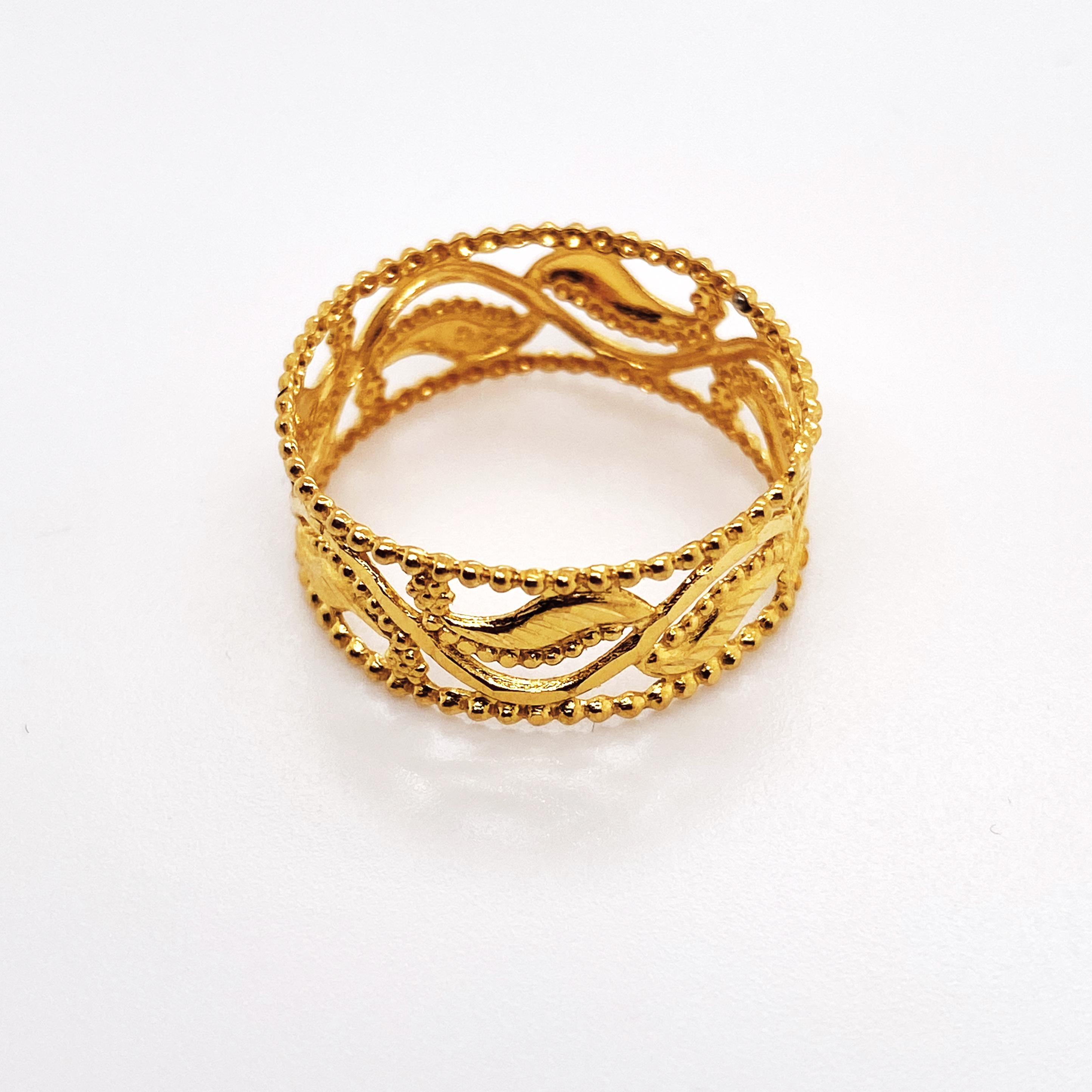 ring floral design